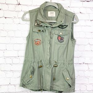 Ashely by 26 International Vest in Olive Small
